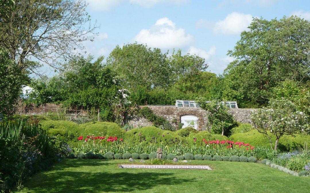 A Tour Of Charleston Farm Garden By Garden Designer Carole Jordorson